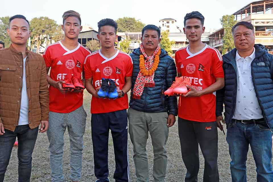 Sagarmath FC Sydney Appreciates Three Football Players From Pokhara