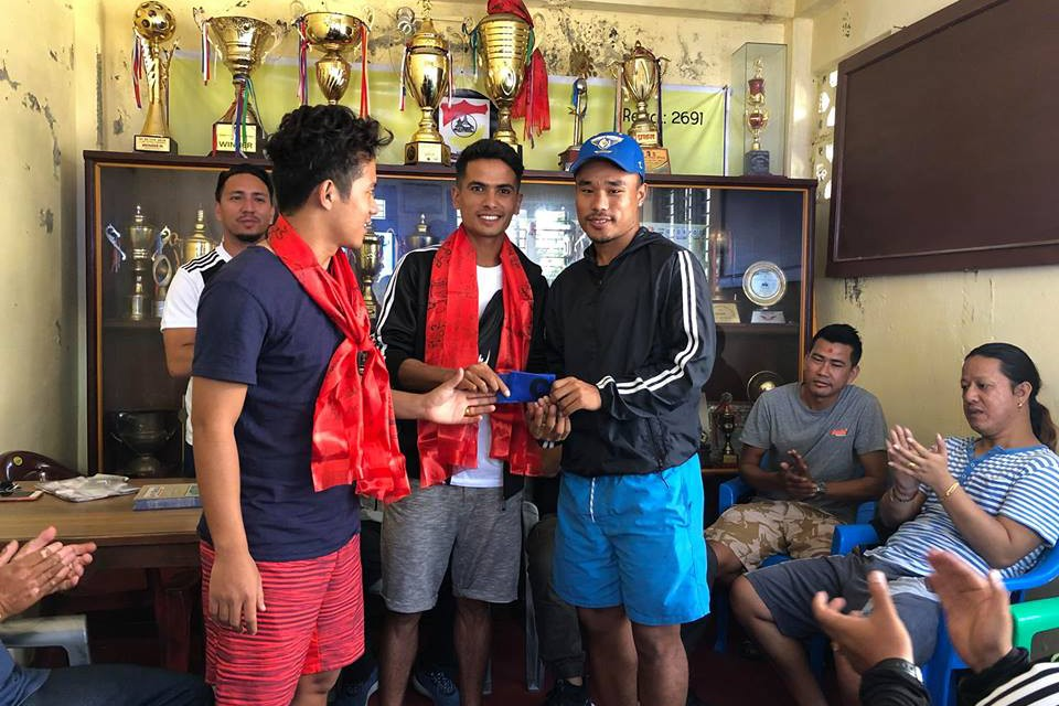 Machhindra FC Recruits Two Players From Sangam Club Pokhara