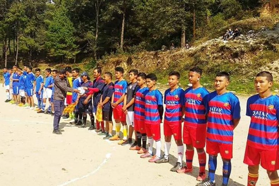 Solukhumbu FC Wins Title Of 3rd Dashain Cup