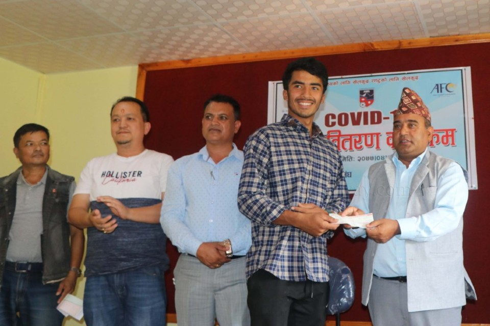 Baglung DFA Provides COVID Relief To Players & Referees