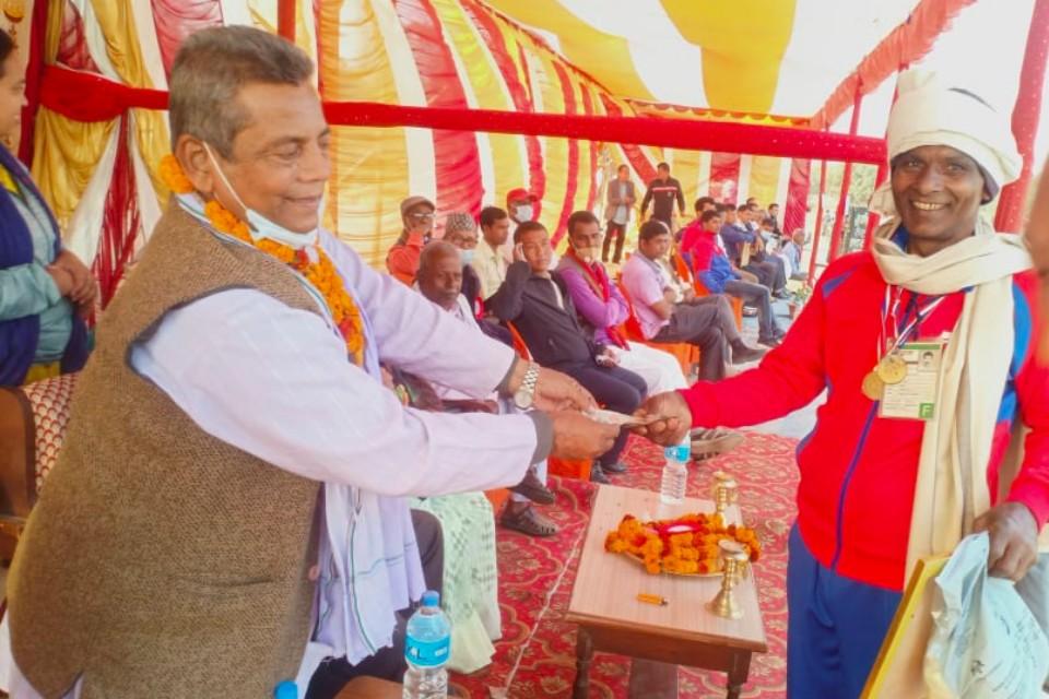 Siraha: Golbazar Pratibha Club Honors Former SAG Gold Medalist