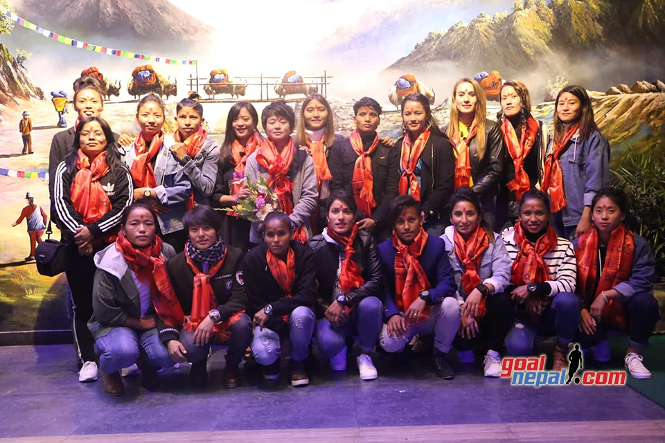 Kings Lounge Honors Nepal Women's Team