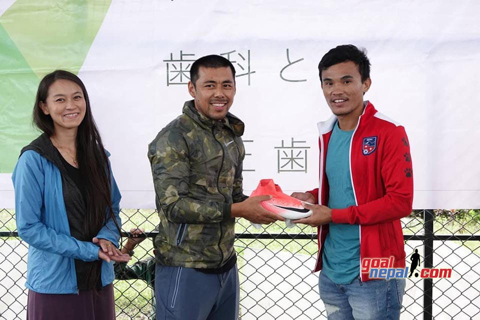 FC Reale World Distributes Football Boots To National Team Players, Kids
